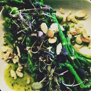 Tenderstem broccoli with toasted almonds and garlic oil
